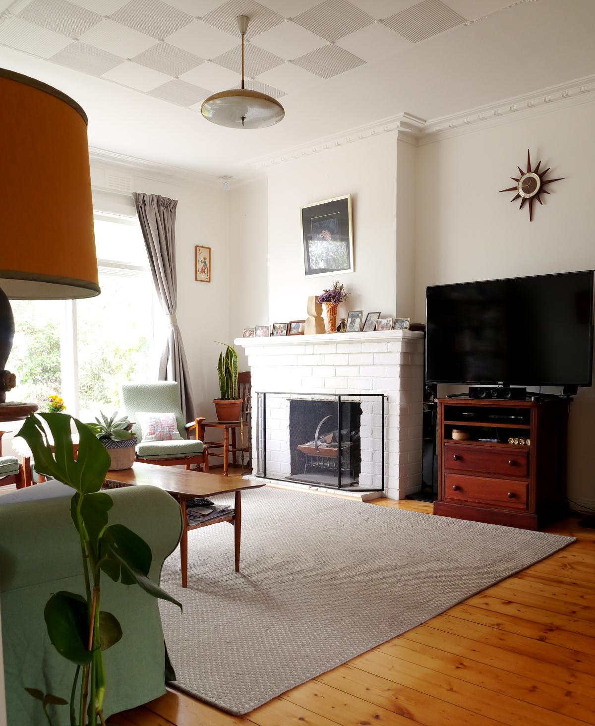 The Living Room Australia: Room 58 €� Carla's Living Room (Melbourne, Australia)